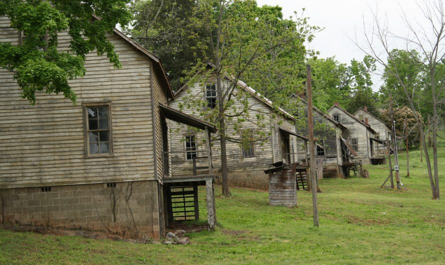 Abandoned – The Hunger Games slums of District 12